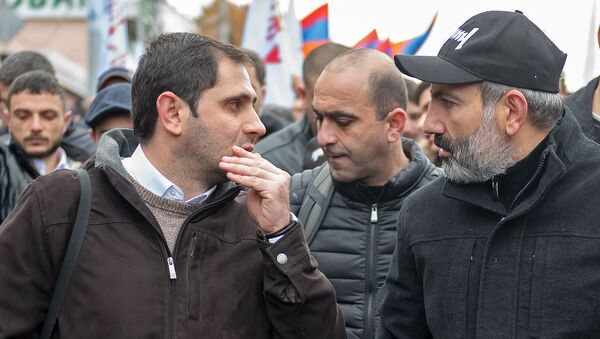 Субботнее шествие Никола Пашиняна (24 ноября 2018). Еревaн - Sputnik Армения