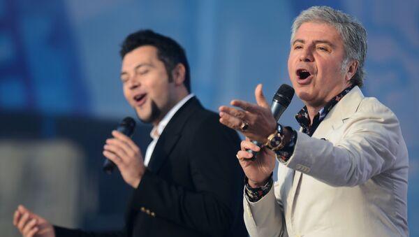 Певцы Алексей Чумаков (слева) и Сосо Павлиашвили - Sputnik Армения