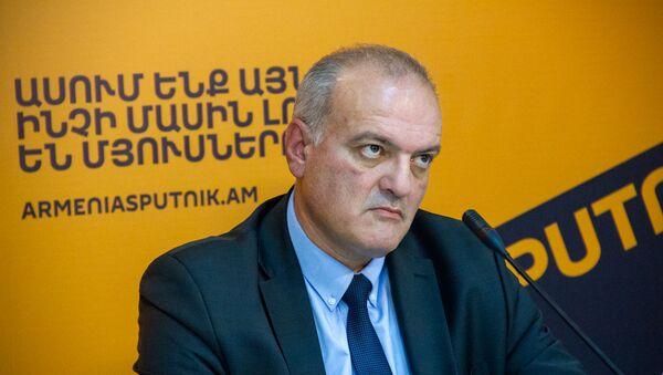 Виген Акопян - Sputnik Армения