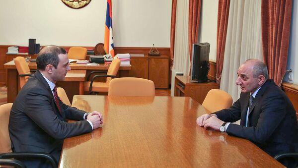 Секретарь совета безопасности Армен Григорян встретился с президентом Карабаха Бако Саакяном (30 ноября 2018). Степанакерт - Sputnik Արմենիա