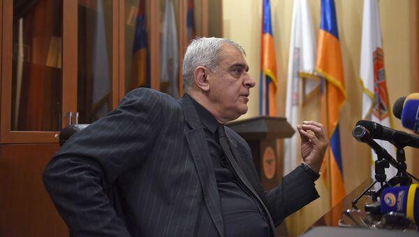 Пресс-конференция Давида Шахназаряна (4 декабря 2018). Еревaн - Sputnik Արմենիա