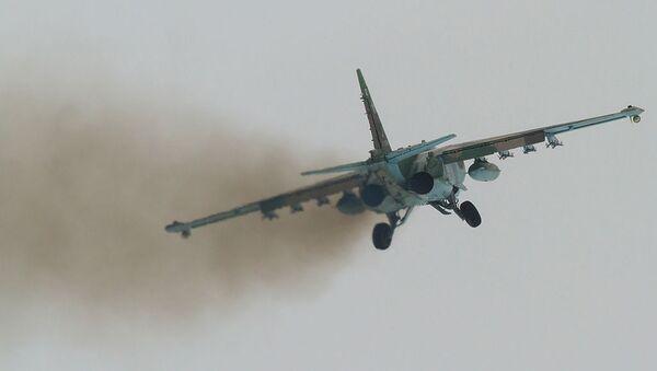 Штурмовик Су-25. Архивное фото - Sputnik Армения