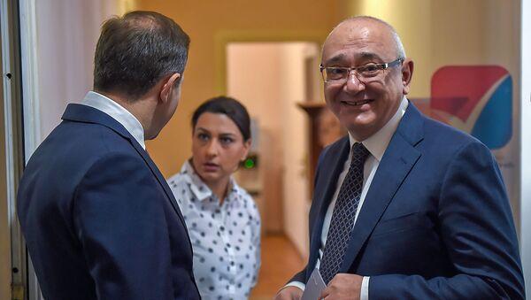 Председатель ЦИК Тигран Мукучян в день внеочередных выборов в НС РА (9 декабря 2018). Еревaн - Sputnik Армения
