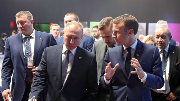 Владимир Путин и Эммануэль Макрон - Sputnik Армения