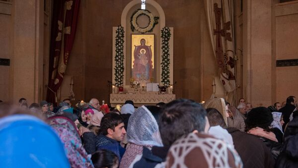 Рождественская служба в церкви Святой Анны (6 января 2019). Еревaн - Sputnik Արմենիա