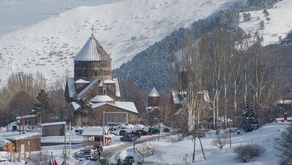 Церковь Кечарис в Цахкадзоре - Sputnik Армения