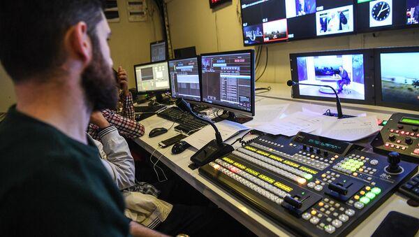 Сотрудники телеканала. Архивное фото - Sputnik Армения