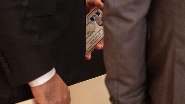 Церемония вручения мандатов депутатам Национального Собрания Армении 7-го созыва (10 января 2019). Еревaн - Sputnik Արմենիա