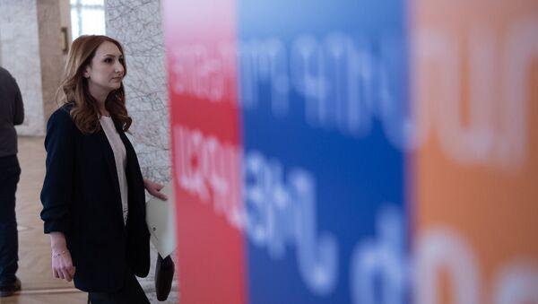 Лилит Макунц на церемонии вручения мандатов депутатам Национального Собрания Армении 7-го созыва (10 января 2019). Еревaн - Sputnik Армения