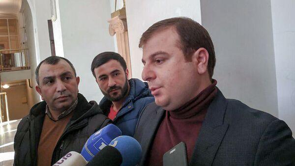 Адвокат Эрик Алексанян ответил на вопросы журналистов (11 января 2019). Еревaн - Sputnik Армения