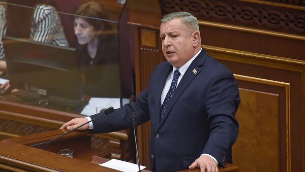 Выступление Сергея Багратяна во время первого заседания парламента Армении 7-го созыва (14 января 2019). Еревaн - Sputnik Армения