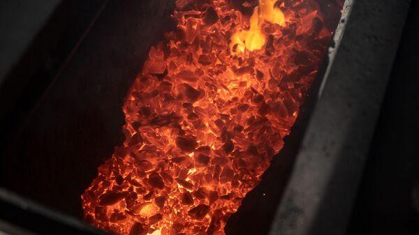 Медеплавильная печь на кабельном заводе Ин-Ви Лайн - Sputnik Армения