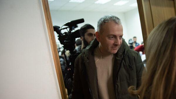 Российско-израильский блогер Александр Лапшин перед началом пресс-конференции (22 января 2019). Еревaн - Sputnik Армения