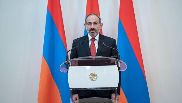 Премьер-министр Армении Никол Пашинян во время принятия присяги (30 января 2019). Еревaн - Sputnik Արմենիա