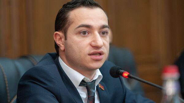 Мхитар Айрапетян - Sputnik Армения