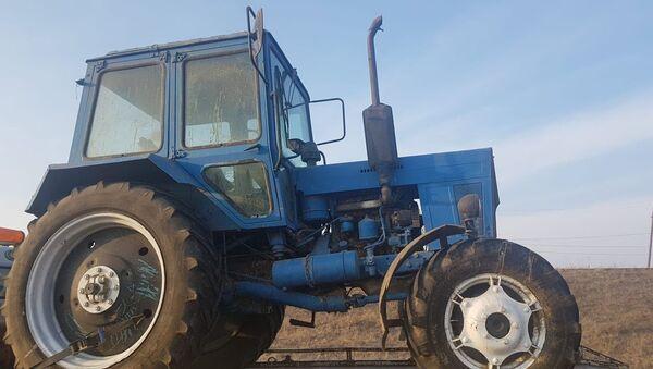 Трактор украденный турецкой стороной - Sputnik Армения