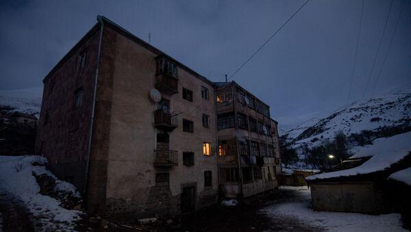 Здание в Дастакерте, Сюникская область - Sputnik Արմենիա