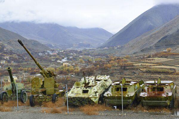 Боевая техника из прошлого в Панджшерском ущелье Афганистана - Sputnik Армения
