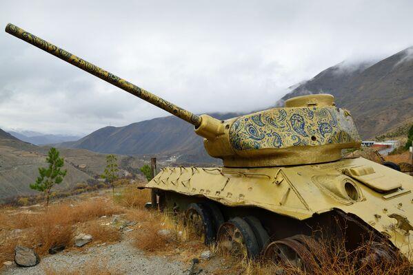 Советский танк в Панджшерском ущелье (Афганистан) - Sputnik Армения