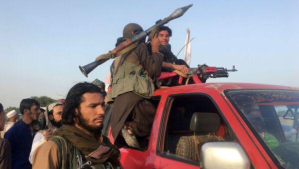 Бойцы Талибан в районе провинции Нангархар, к востоку от Кабула (16 июня 2018). Афганистан - Sputnik Армения