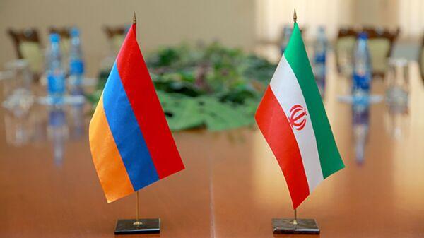 Флаги Ирана и Армении - Sputnik Արմենիա