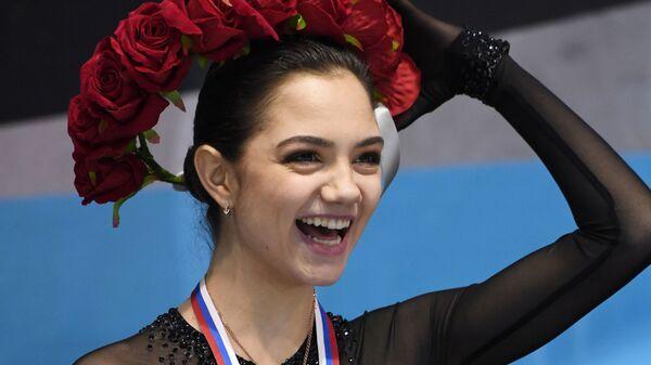 Завоевавшая золотую медаль Кубка России Евгения Медведева (22 февраля 2019). Нижний Новгород - Sputnik Армения