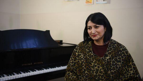 Учительница музыки Еразик Арутюнян - Sputnik Армения