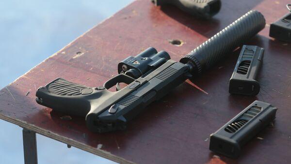 Самозарядный пистолет Удав - Sputnik Արմենիա