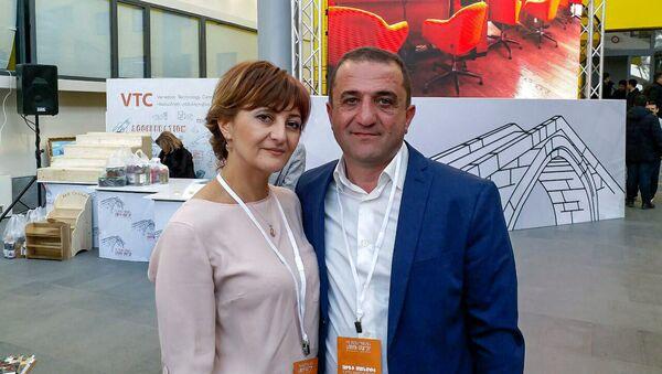 Гарегин Макинян и Инга Русиду (Русова), владельцы семейного бизнеса в городе Ванадзор - Sputnik Армения