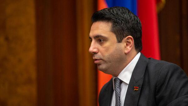 Вице-спикер Национального собрания Ален Симонян на пленарном заседании Парламента Армении (5 марта 2019). Еревaн - Sputnik Արմենիա