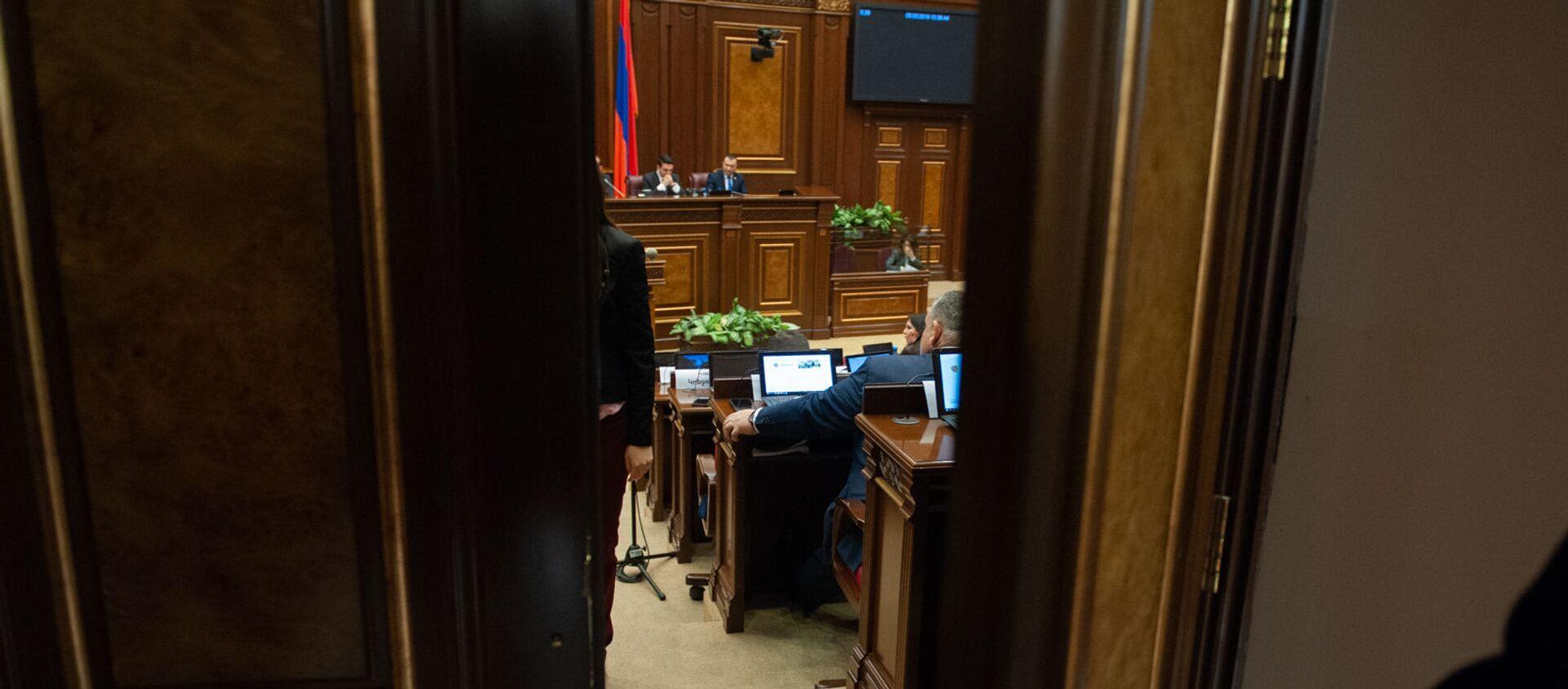Пленарное заседание Парламента Армении (5 марта 2019). Еревaн - Sputnik Արմենիա, 1920, 07.06.2021