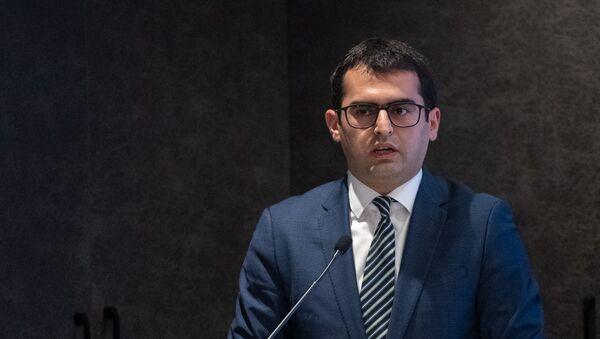 Министр транспорта, связи и информационных технологий Армении Акоб Аршакян на армяно-болгарском бизнес-форуме (12 марта 2019). Еревaн - Sputnik Արմենիա