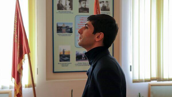 Губернатор Араратской области Гарик Саркисян во время акции Зеленая граница (15 марта 2019). Армения - Sputnik Արմենիա