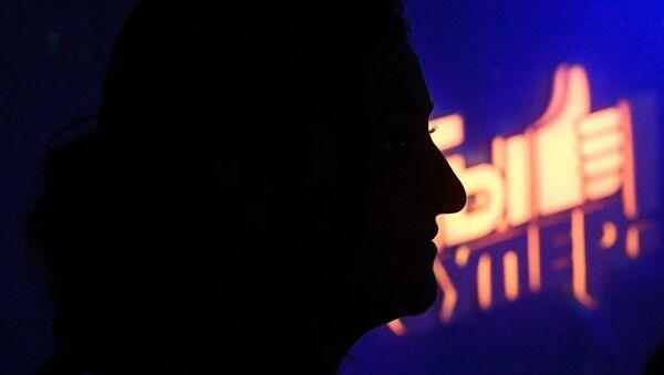 Сатеник Геворкян перед началом выступления в суперсезоне конкурса Ты супер! - Sputnik Արմենիա
