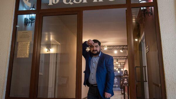 Директор Общенационального театра Арман Навасардян - Sputnik Армения