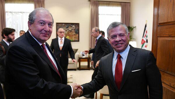 Президент Армении Армен Саркисян встретился с королем Иордании Абдаллой II (6 апреля 2019). Амман - Sputnik Армения