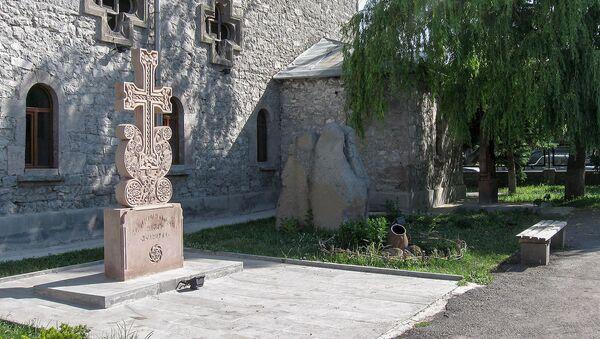 Дворик армянской церкви в Ахалкалаки, Грузия - Sputnik Армения