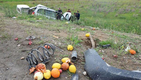 Дорожно-транспортное происшествие на трассе Север-Юг (17 апреля 2019). Араратская область - Sputnik Армения