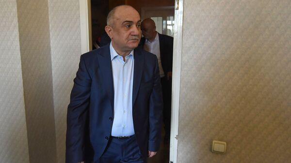 Самвел Бабаян перед началом пресс-конференции (19 апреля 2019). Еревaн - Sputnik Արմենիա