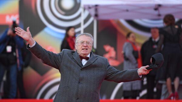 Лидер фракции ЛДПР Владимир Жириновский на открытии 41-го Московского Международного кинофестиваля - Sputnik Армения