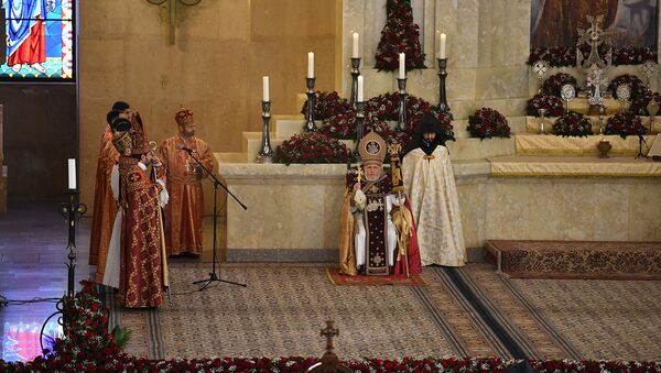 Литургия Святого Воскресенья в церкви Св.Григория (21 апреля 2019). Еревaн - Sputnik Արմենիա