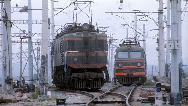 Локомотивы на станции Масис, Армянская ССР - Sputnik Армения