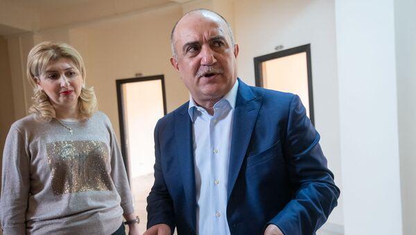 Самвел Бабаян после завершения пресс-конференции (19 апреля 2019). Еревaн - Sputnik Արմենիա