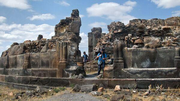 Развалины армянской церкви в Ани - Sputnik Արմենիա