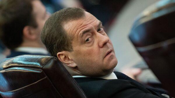 Председатель правительства России Дмитрий Медведев в зале расширенного заседания Евразийского межправительственного совета (30 апреля 2019). Еревaн - Sputnik Արմենիա
