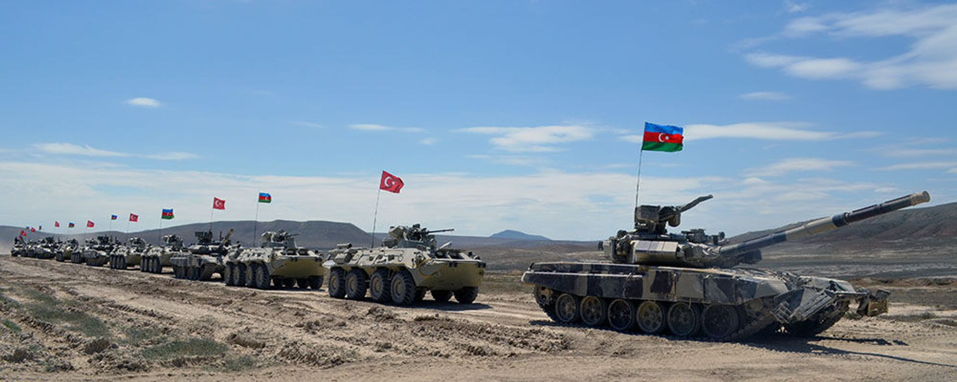 Совместные военные учения азербайджанской и турецкой армии (1 мая 2017). - Sputnik Армения, 1920, 17.01.2021