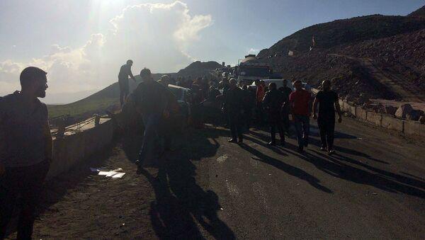 Дорожно-транспортное происшествие на трассе Ереван-Гюмри, участок подъема Мастара (8 мая 2019). Еревaн - Sputnik Արմենիա