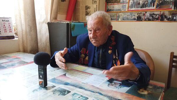 101 տարեկան Հուսիկ պապն անգիր հիշում է Թումանյանի քառյակն ու բացահայտում իր երկարակեցության գաղտնիքը - Sputnik Արմենիա