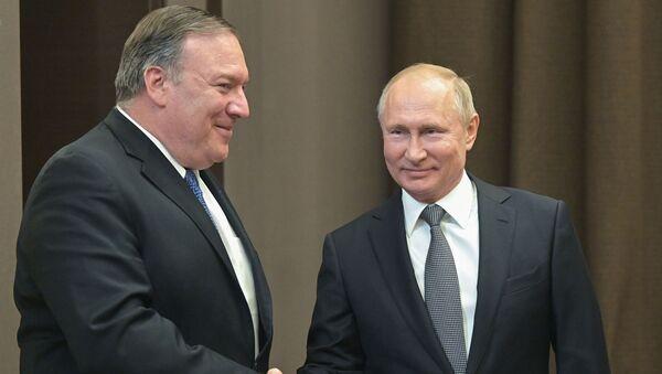 Встреча президента России Владимира Путина и и госсекретаря США Майка Помпео (14 мая 2019). Сочи - Sputnik Армения