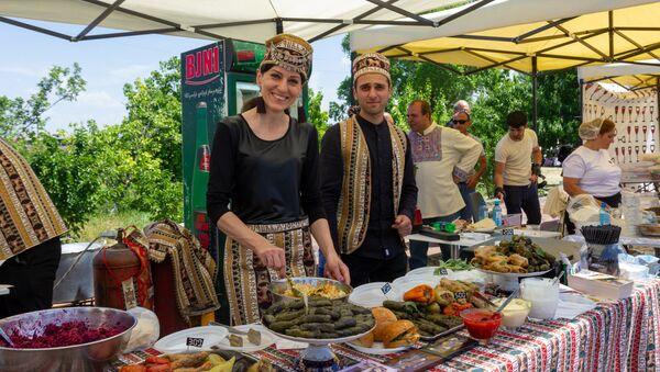 Девятый Международный фестиваль толмы (19 мая 2019). Армения - Sputnik Армения
